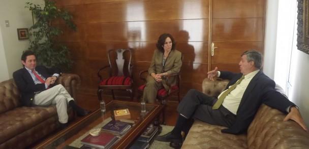ASOEX se reúne con nueva Ministra del Trabajo
