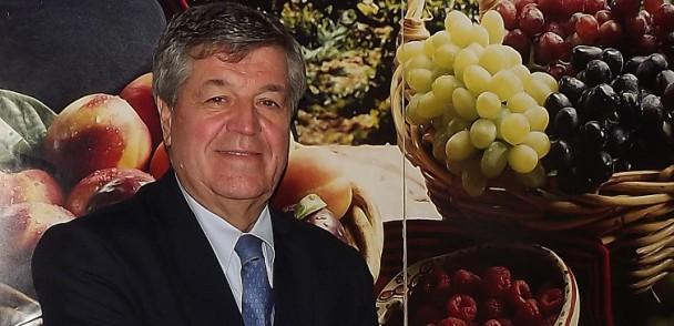 Consorcio Tecnológico de la Fruta de ASOEX recibe premio de la UC