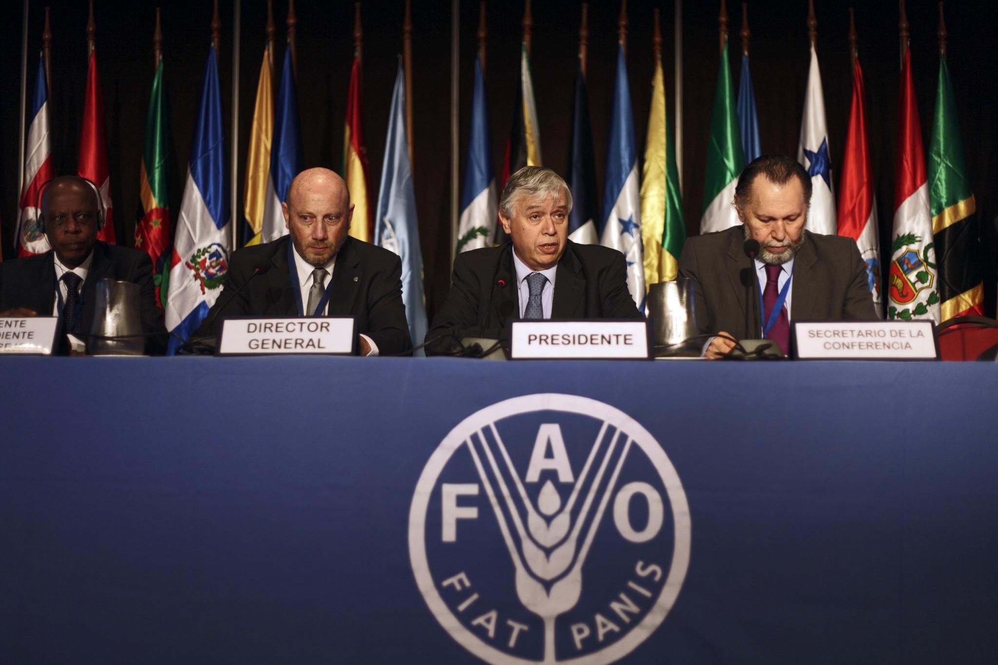 Furche asume presidencia del Consejo Regional de la FAO