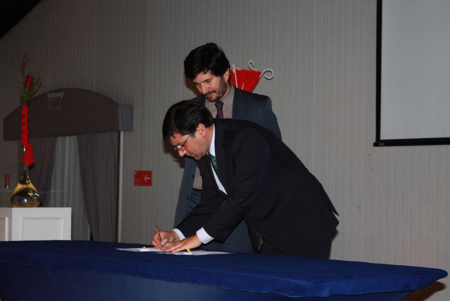 Firman convenio de cooperación que cuantifica huella de carbono en organizaciones