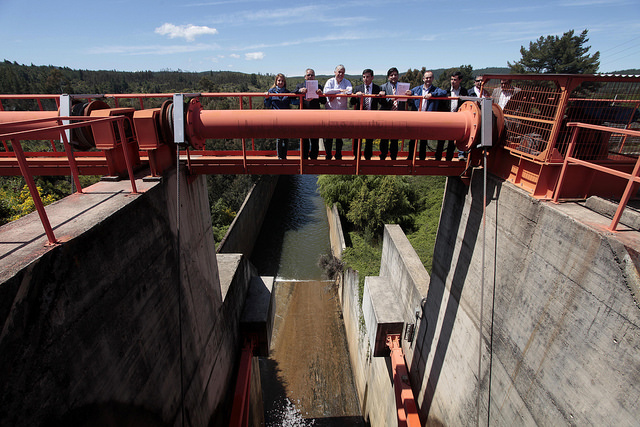 Entregan bonos de riego por más de $ 2.000 millones en el Maule