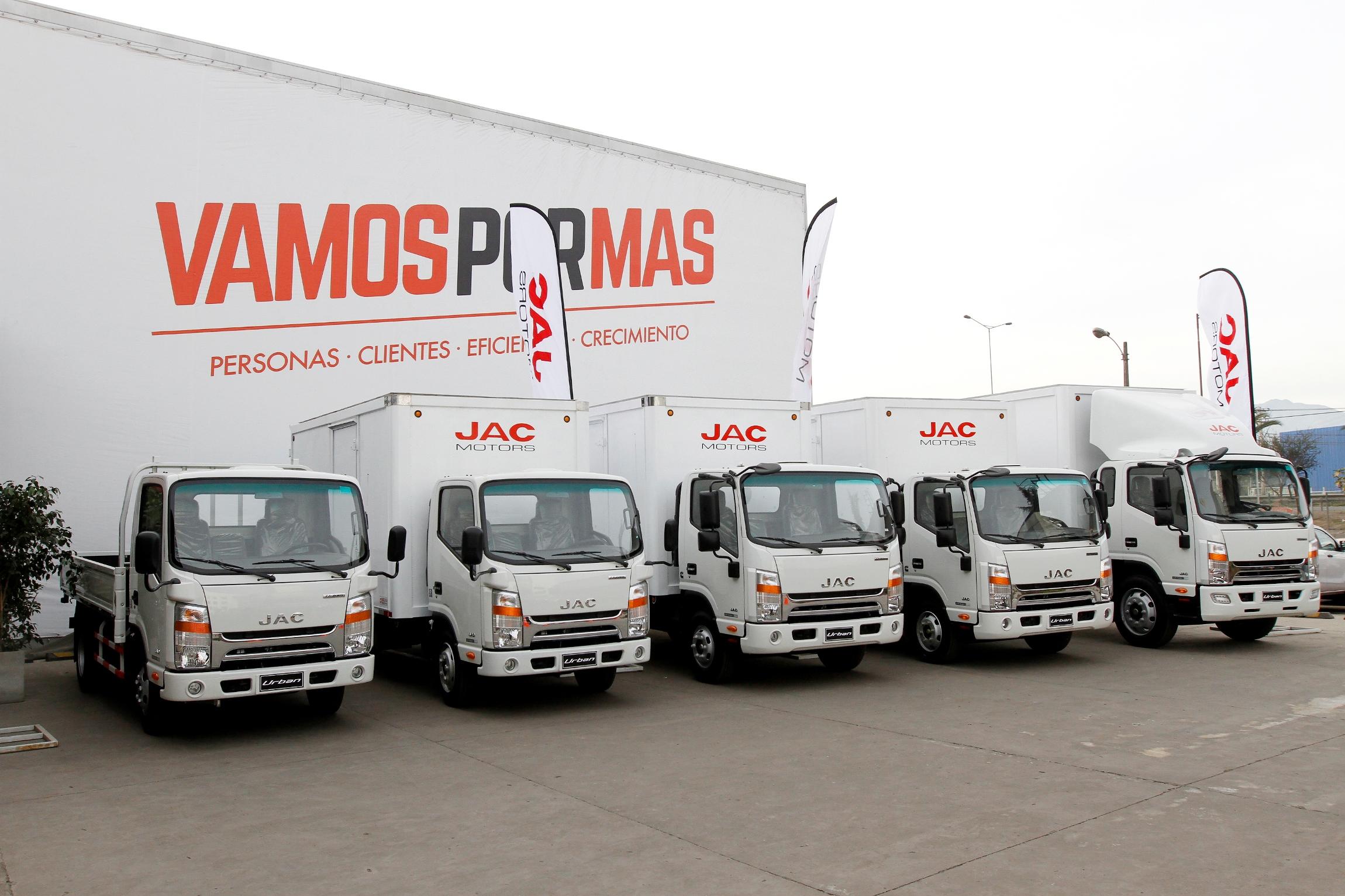 JAC Motors celebra la venta de 6.000 camiones en Chile