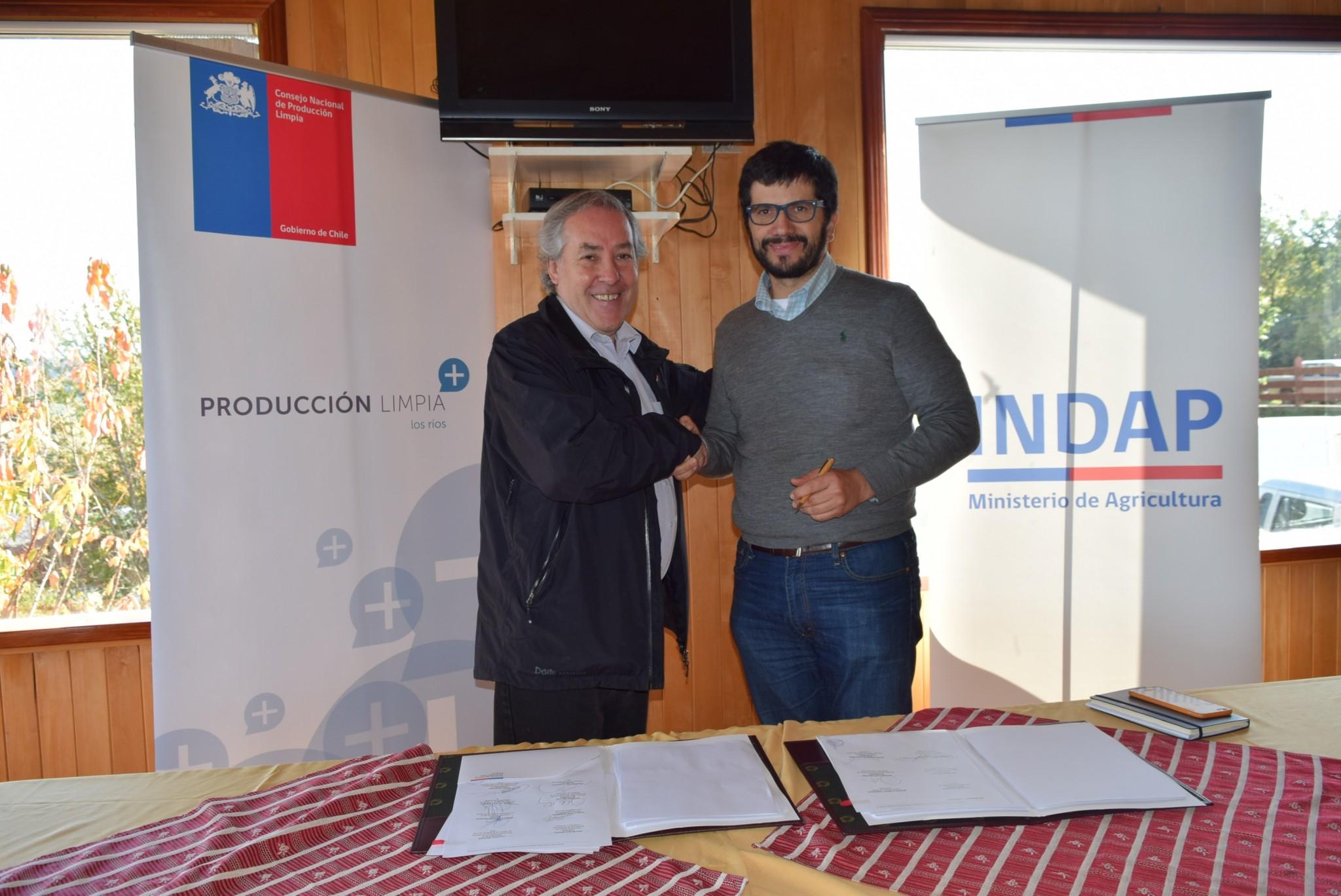 Productores de berries firman un nuevo acuerdo
