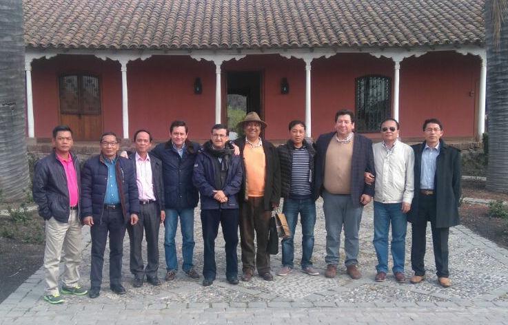 Autoridades trabajan para reactivar exportaciones de fruta chilena a Vietnam