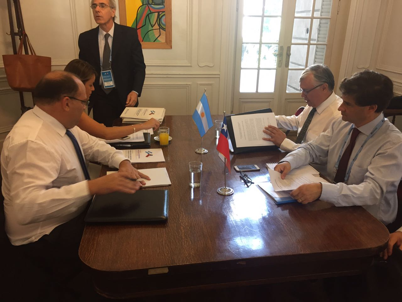 Chile y Argentina avanzan en cooperación para el sector agroalimentario