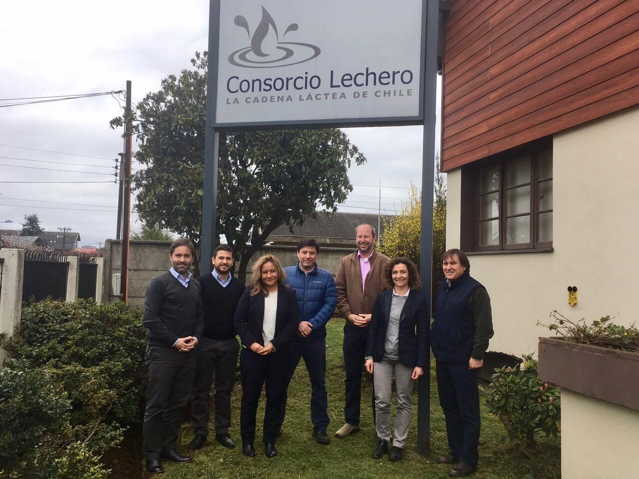 Consorcio Lechero se reúne con agregada agrícola de USA