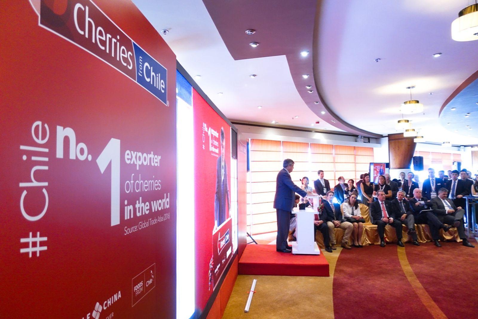Comienza promoción de cerezas chilenas en China con inversión millonaria