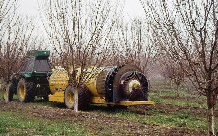 Pulverizador que detecta los árboles