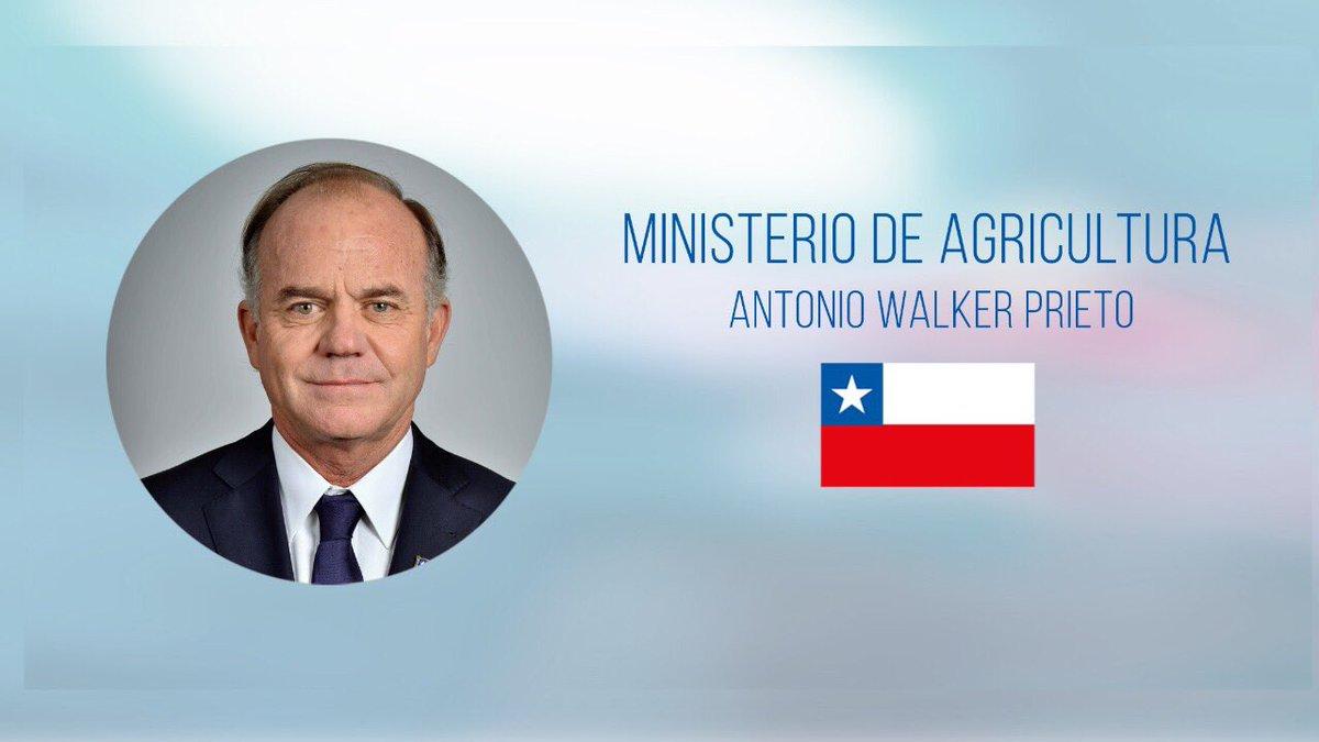 La primera reunión del nuevo Ministro de Agricultura