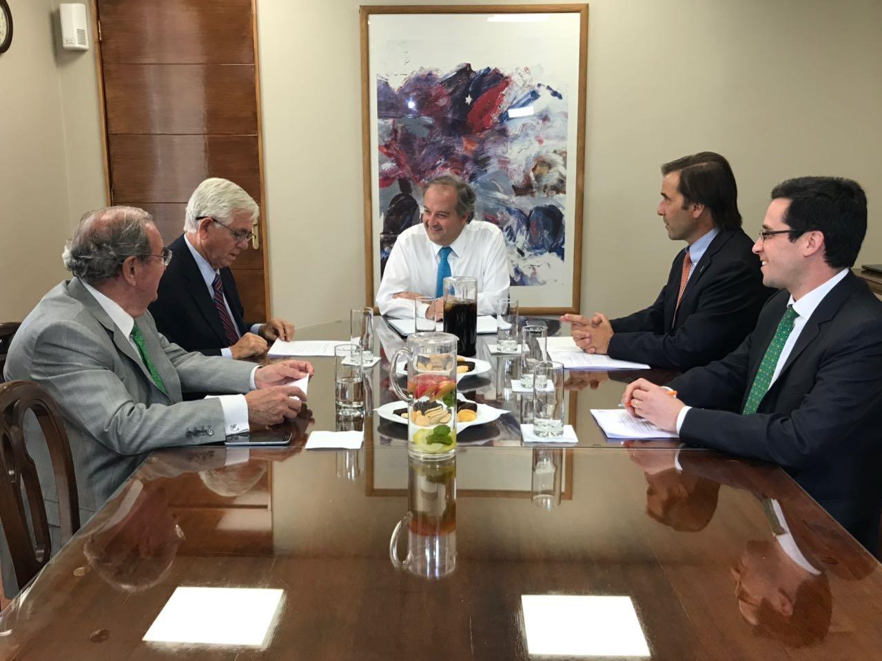SNA se reune con ministro del Trabajo para confirma el Estatuto de Trabajador Agrícola