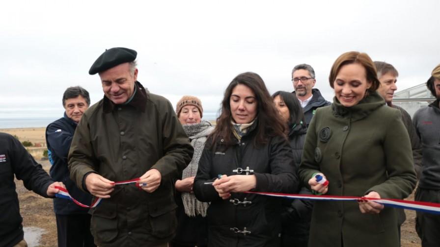 Ministro Walker realizó su primera visita a la región de Magallanes y la Antártica Chilena