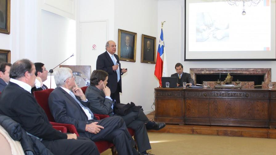 Luis Mayol expuso sobre el potencial agrícola que tiene la Araucanía
