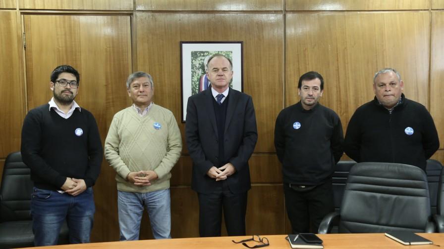 Ministro de Agricultura está dispuesto a ser garante del diálogo en Petorca