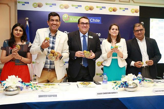 Famoso Chef Hindú realizó actividades promocionales con el kiwi chileno