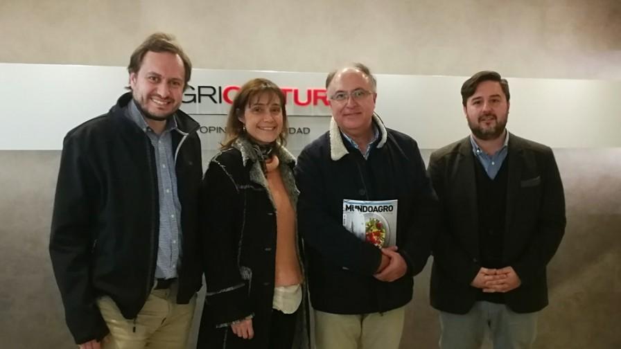 Mundoagro junto a la UCDavis Chile participaron de El Agro de Radio Agricultura