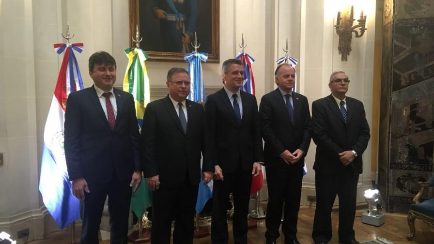 Ministro Walker anunció apertura del mercado brasileño para productos orgánicos