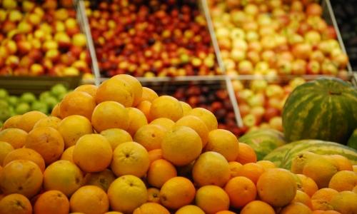 Ministro de Agricultura busca desarrollar una gran mesa frutícola