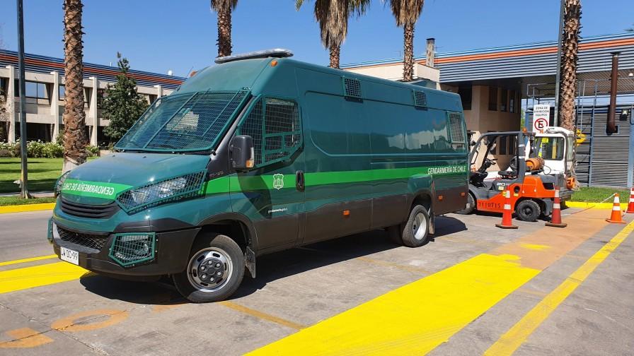 SKC entrega 10 furgones Iveco Daily para Gendarmería de Chile
